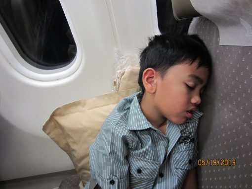 sleepy_in_singapore_01