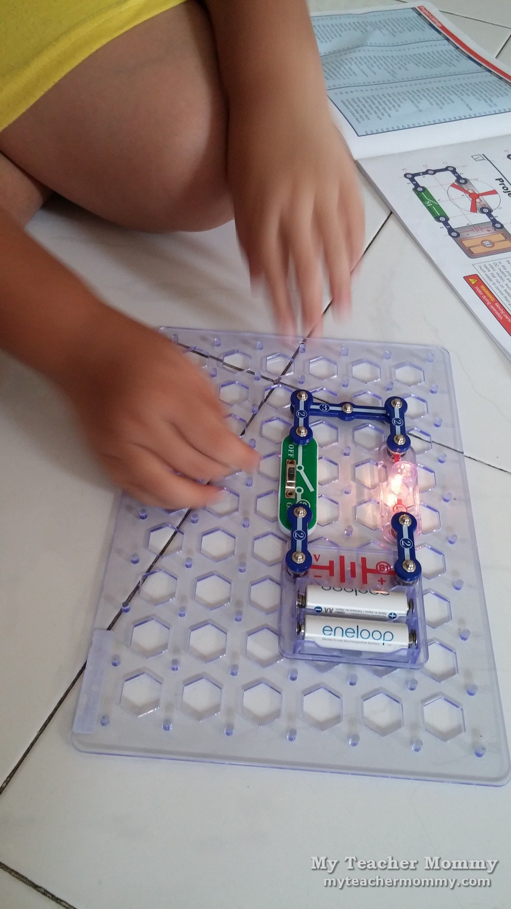 snap_circuits_jr_sc_100_03