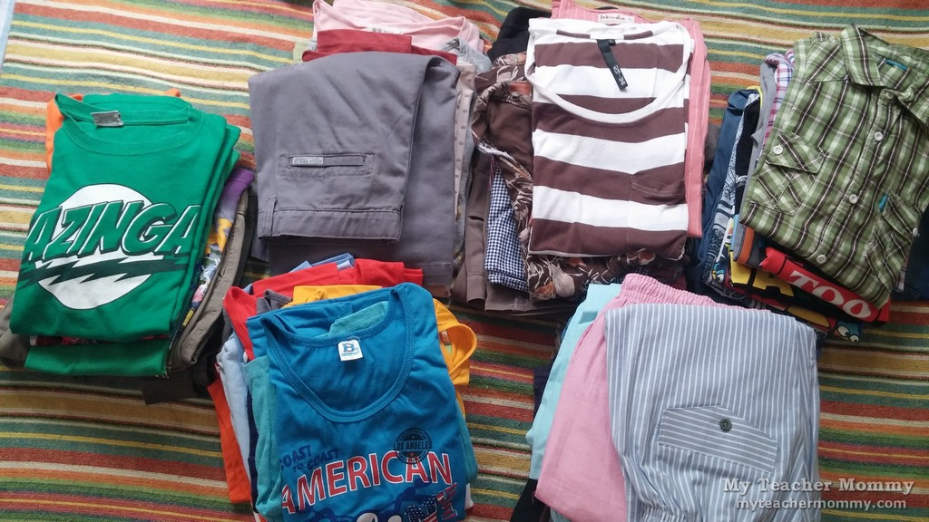 To Fold Or Roll When Ng Clothes For A Trip Travelers Often Go About It One Way The Other I D Always Folded My Out Of Habit And Thought